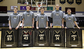 Men's Basketball Tops Holy Cross for Senior Day Win