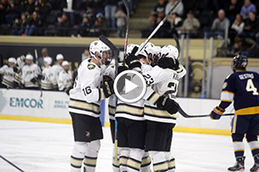 Explosive Second Period Lifts Hockey Past Canisius