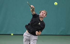 Men's Tennis Battles Back to Beat NJIT