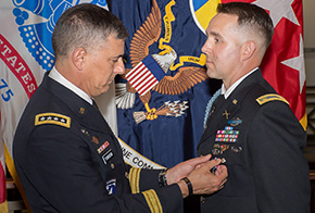 Eslinger '07 Silver Star Upgraded to Distinguished Service Cross