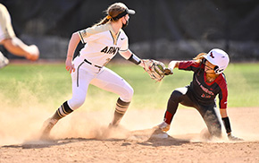 Softball Splits Double Header with Saint Joseph's