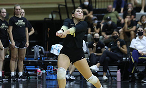 Volleyball Holds off Mountain Hawks