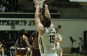 Women's Basketball Knocks Off Iona for First Win of Season