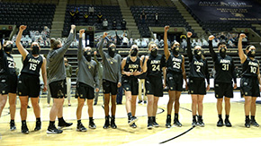 Women's Basketball Sinks Navy in Sunday Showdown