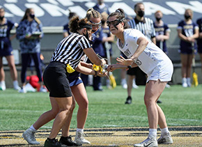Women's Lacrosse Outlasts Holy Cross on the Road