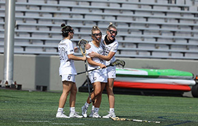 Women's Lacrosse Wins Big on Senior Day