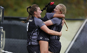 Women's Rugby Dominants Sacred Heart on Senior Day