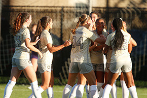 Women's Soccer Storms Past Holy Cross
