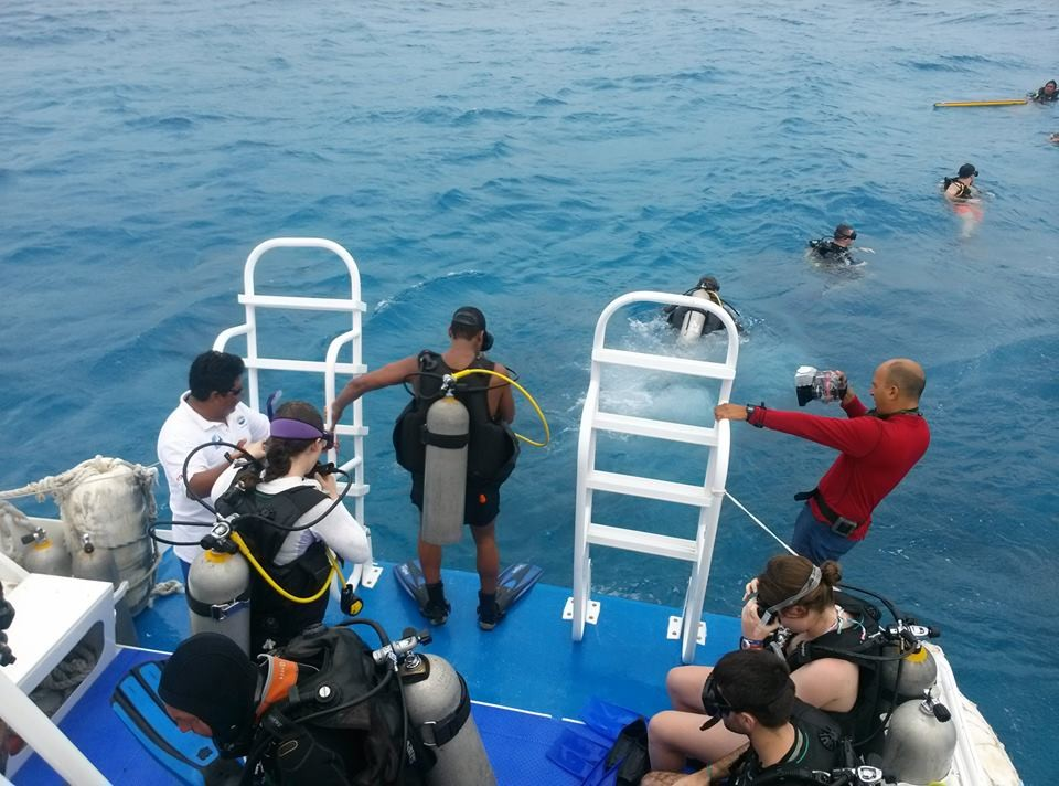 The Scuba team trains in Mexico over Spring Break.