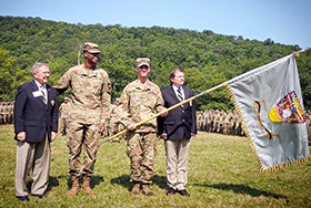 USMA 2022 Receives Class Flag from USMA 1972