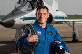 Rubio '98 Graduates from NASA's Astronaut Program