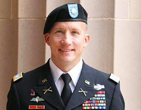 LTC Dabkowski '97 Wins Officer Research Fellowship