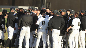 Baseball Sweeps Two-Game Doubleheader at Lehigh